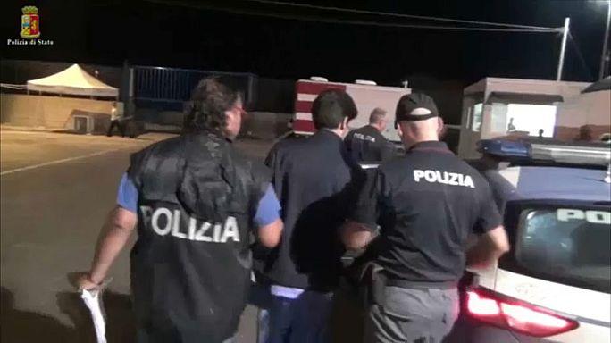 Embercsempészeket vettek őrizetbe Szicíliában