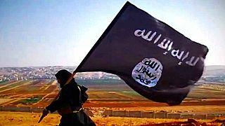 چگونه داعش از کودکان سرباز و جلاد میسازد