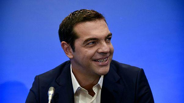Tsipras cree que Grecia recuperará pronto la independencia económica