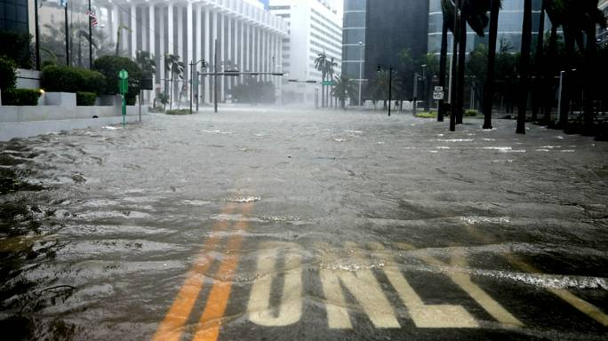 L'ouragan Irma s'abat sur la Floride
