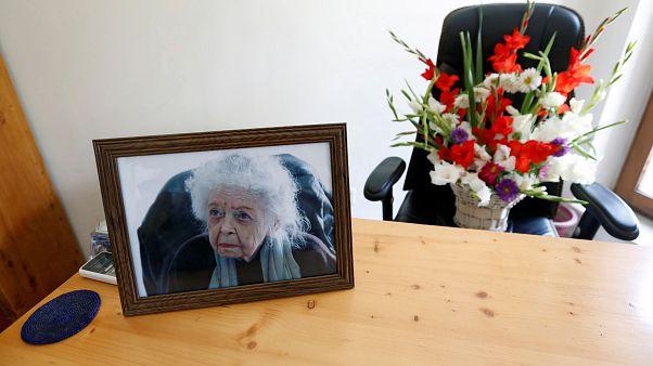 مادربزرگ محبوب افغانستان درگذشت