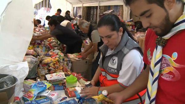 """México recupera após o """"pior sismo do século"""""""