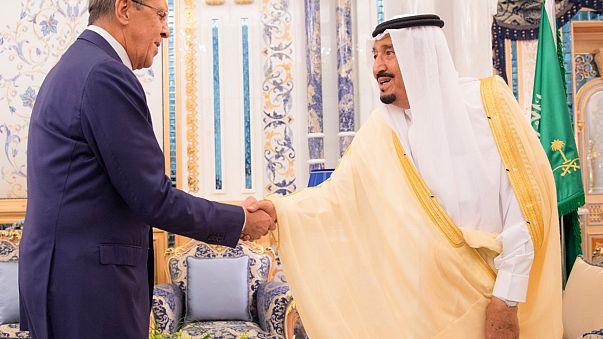 لافروف يدعو دول الحصار وقطر إلى الحوار لتخطي الأزمة الخليجية