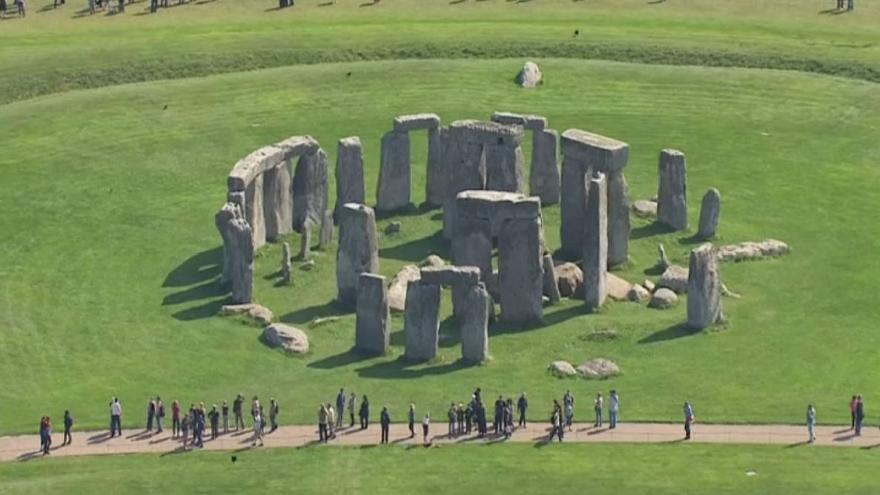 Decision expected in Stonehenge road row