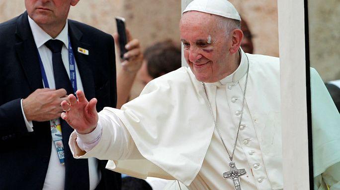 Папа в Колумбии: травма в последний день