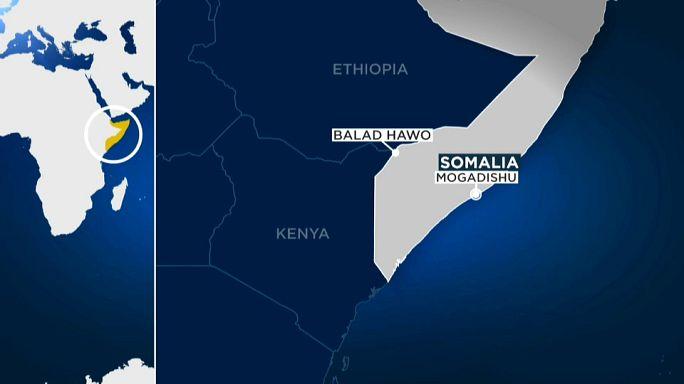 Somalia: con ariete suicida cade città frontaliera