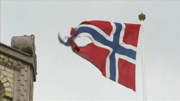Norway votes in knife-edge election