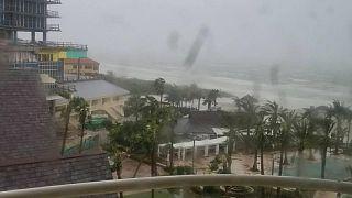 Amatőr felvételek Irma floridai dühöngéséről
