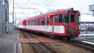Schweiz: 27 Verletzte bei Zug-Unfall in Andermatt