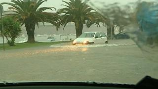 Croatian floods hit homes and schools