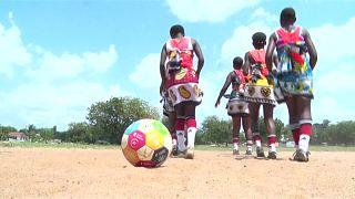 """Des jeunes kenyanes représenteront l'Afrique à la Coupe du monde """"Global Goals"""" [no comment]"""