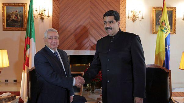 مادورو في الجزائر لبحث أزمة النفط... ولقاء محتمل مع بوتفليقة