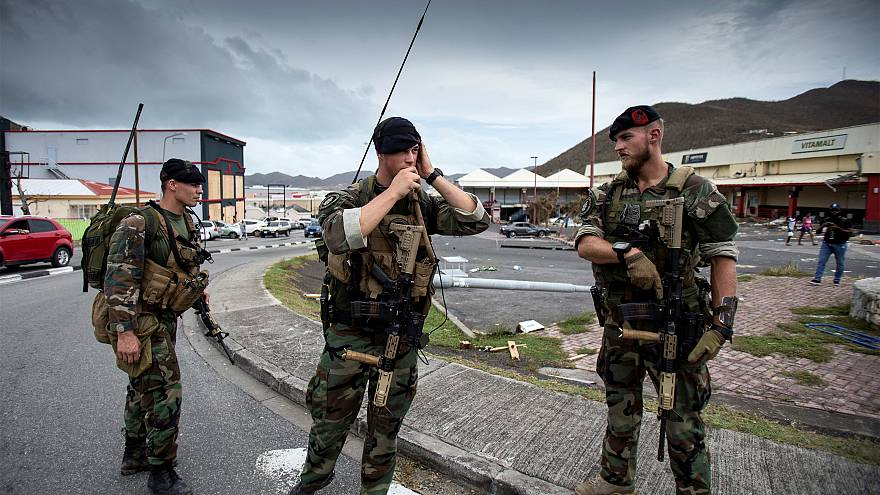Karibikinsel Saint-Martin am Tag 5 nach Irma: Plünderer, Bürgerwehr und Fake News