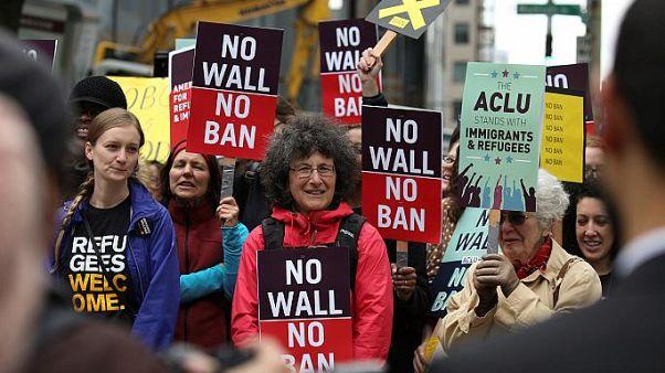 دستور موقت دیوان عالی آمریکا به نفع فرمان ضد مهاجرتی ترامپ