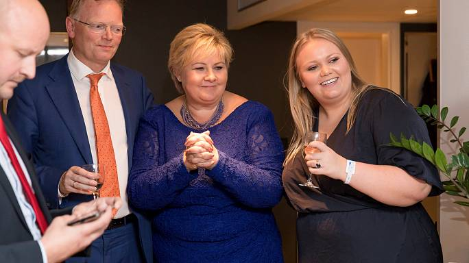 La conservatrice Erna Solberg rempile pour un deuxième mandat