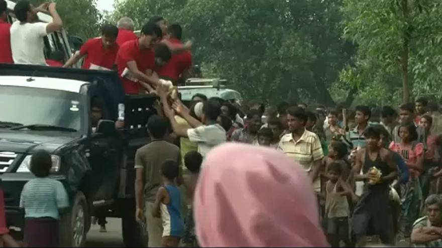 Pressure mounts on Myanmar over Rohingya exodus