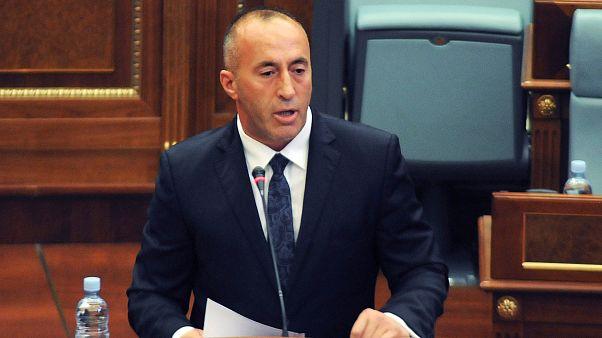 Ramush Haradinaj toma posse no Kosovo