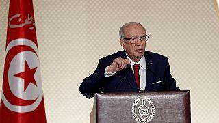 Le président tunisien Essebsi accentue sa mainmise sur le gouvernement