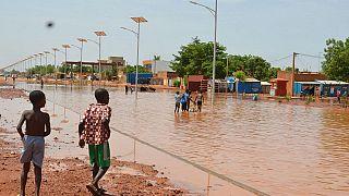 Niger: des habitants menacés par le fleuve refusent de partir