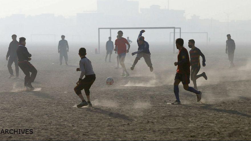 افغانستان: کشف استعدادهای فوتبال ساحلی در کشوری بدون دریا