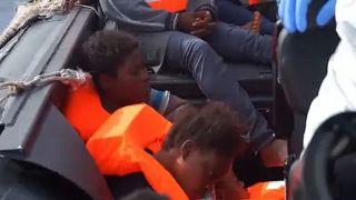 Bimbi migranti, rapporto shock: 77% vittima di sfruttamento