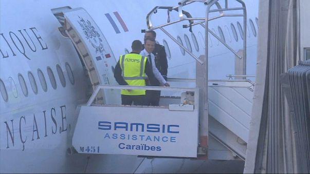 Emmanuel Macron est arrivé aux Antilles