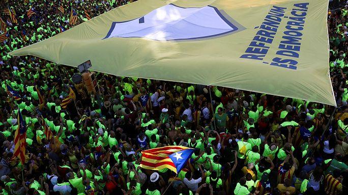 El Tribunal Constitucional suspende la ley de ruptura catalana