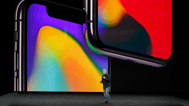"Apple svela l'iPhone X, Cook ""è un grande giorno"""
