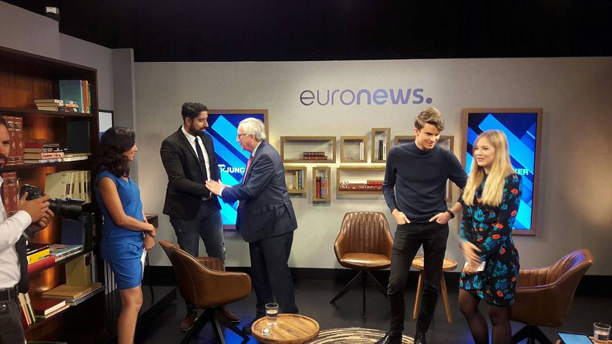 #AskJuncker - 3 YouTube-Stars interviewen Juncker