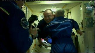 Soyuz acopla na Estação Espacial Internacional