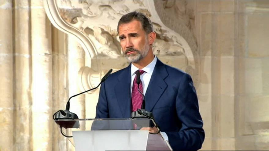 King Felipe speaks out on Catalan poll plans