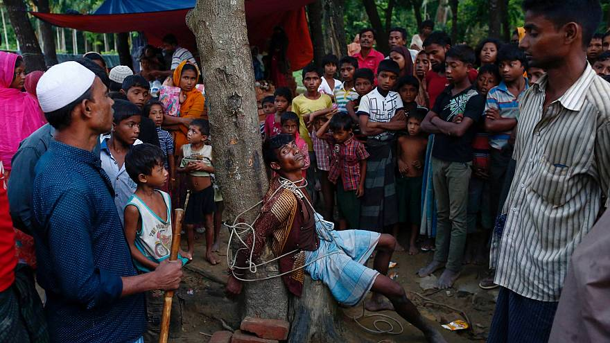 """القاعدة تحذر ميانمار من """"العقاب"""" جراء معاملتها للروهينغا"""