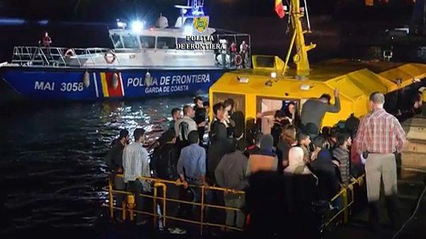 Guarda Costeira interceta embarcação precária com migrantes em Navodari