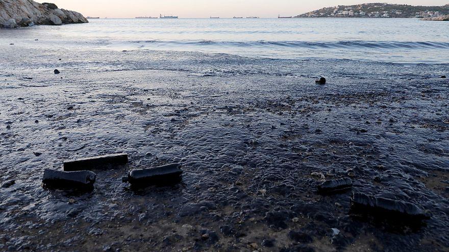 Σαλαμίνα: Μάχη με το χρόνο για να σωθεί το περιβάλλον