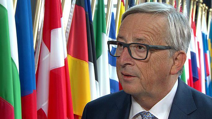 Juncker répond aux critiques face aux abus dont sont victimes les migrants en Libye