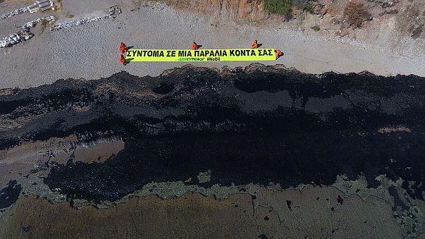 Greek oil spill spreads: fears grow for marine life
