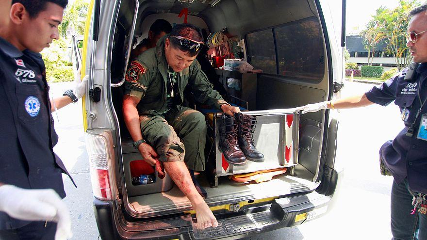 مقتل جندي وإصابة 20 شخصا في انفجار قنابل جنوب تايلاند