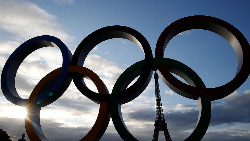 La lluvia empapa la euforia olímpica en París