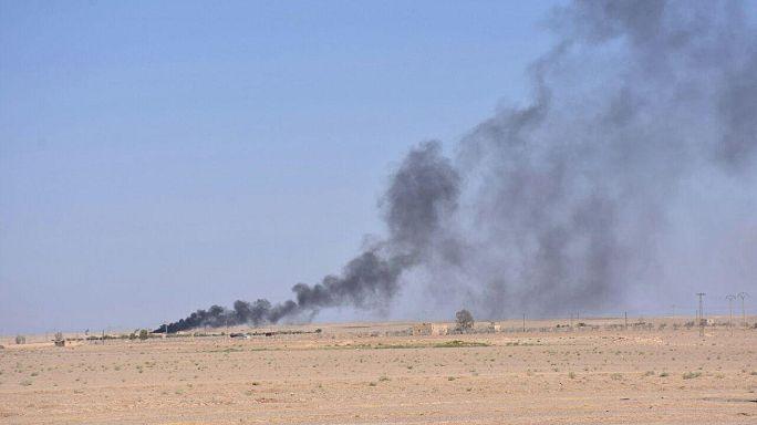 غواصات روسية تقصف بالصواريخ مواقع داعش في دير الزور السورية