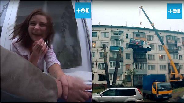 بالفيديو: شاب روسي يستعيد حبيبته بشاحنة طائرة