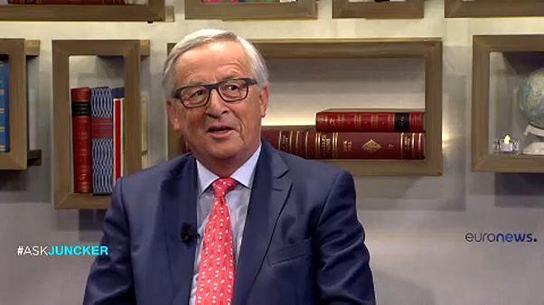 Juncker apre uno spiraglio sull'indipendeza della Catalogna