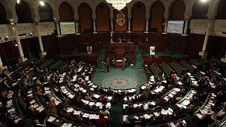 Tunisie : l'opposition dénonce une loi d'amnistie de fonctionnaires corrompus
