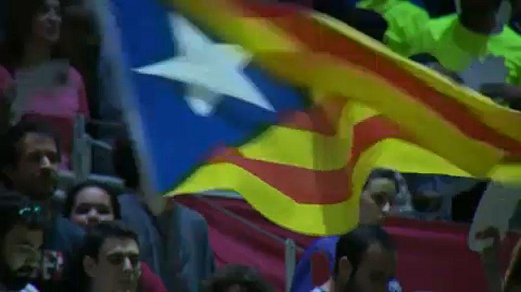 AB Juncker'in Katalonya ile ilgili başlattığı tartışmalara son noktayı koydu