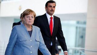 امیر قطر برای حل بحران این امیرنشین در آلمان با آنگلا مرکل ملاقات کرد