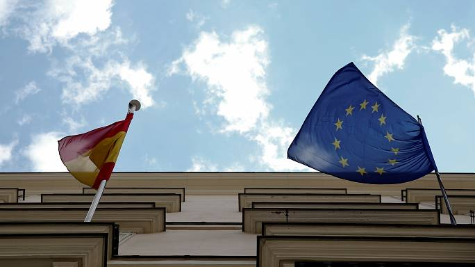 Spanish constitution should be 'starting point' for any debate about Catalonia, says Timmermans