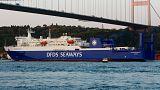 Migrantes em viagens forçadas num ferry há semanas