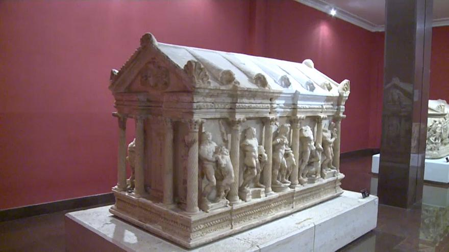 Torna in Turchia dalla Svizzera un raro sarcofago romano