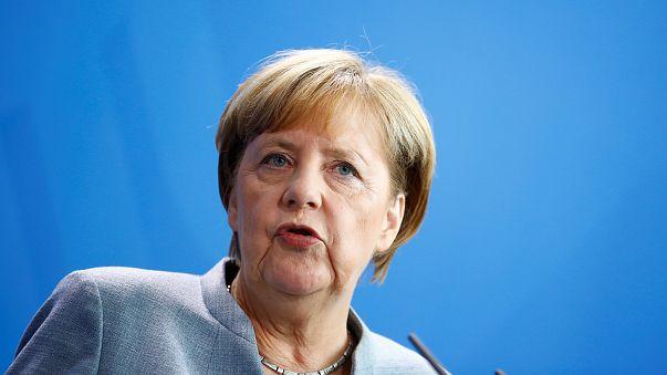 Merkel: Internal German border checks to remain in place