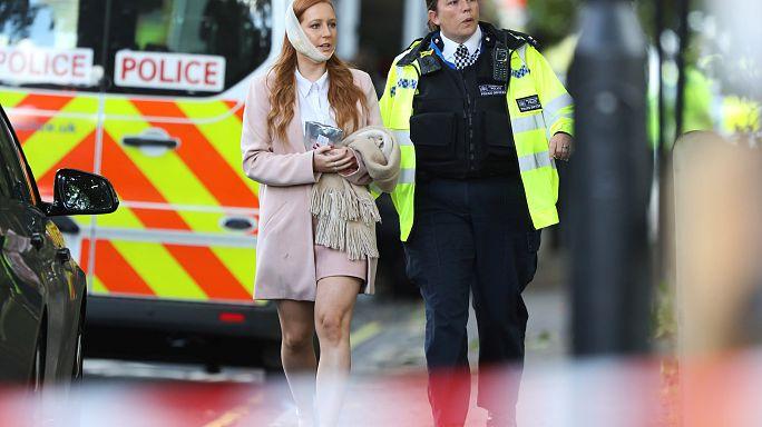 Attacco a Londra: Isil rivendica, la polizia cerca un sospetto.
