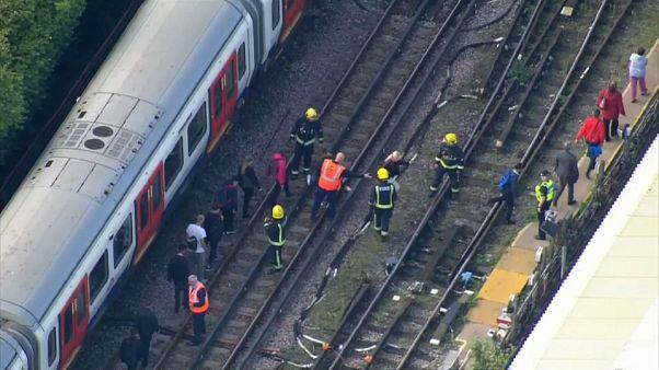 Londres eleva al nivel máximo la alerta antiterrorista tras el atentado en el metro